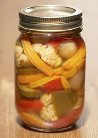 Home #canning and #botulism ... symptoms and how to can safely to avoid botulism.
