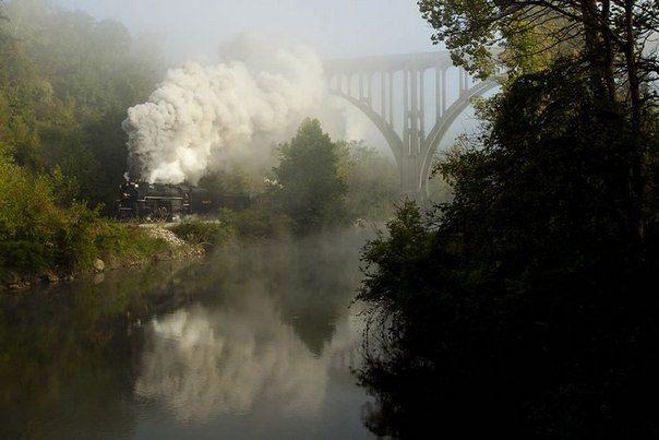 Река Кайахога (Cuyahoga River) протекает по северо востоку штата Огайо, США. В долине реки находится...