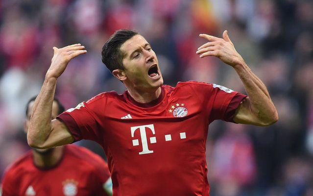 Bayern-Torjäger Robert Lewandowski feierte gegen Schalke einen Doppelpack