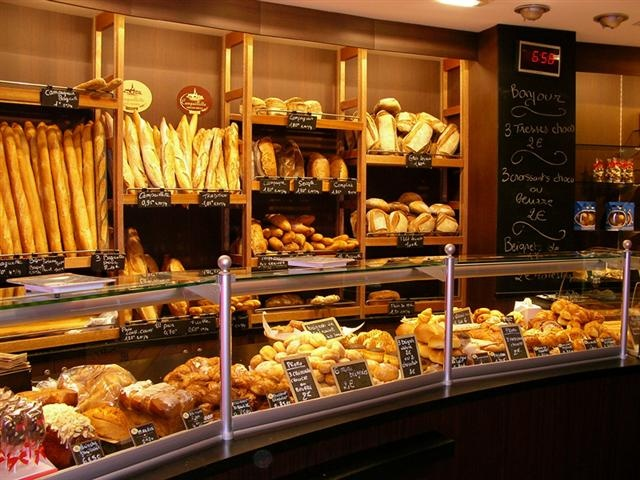 Enjoy some treats at a boulangerie in Paris & take a course in French cooking!