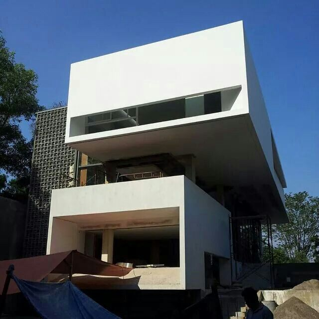 Modern Architecture Home Design: Architect : Andra Matin Location : Semarang