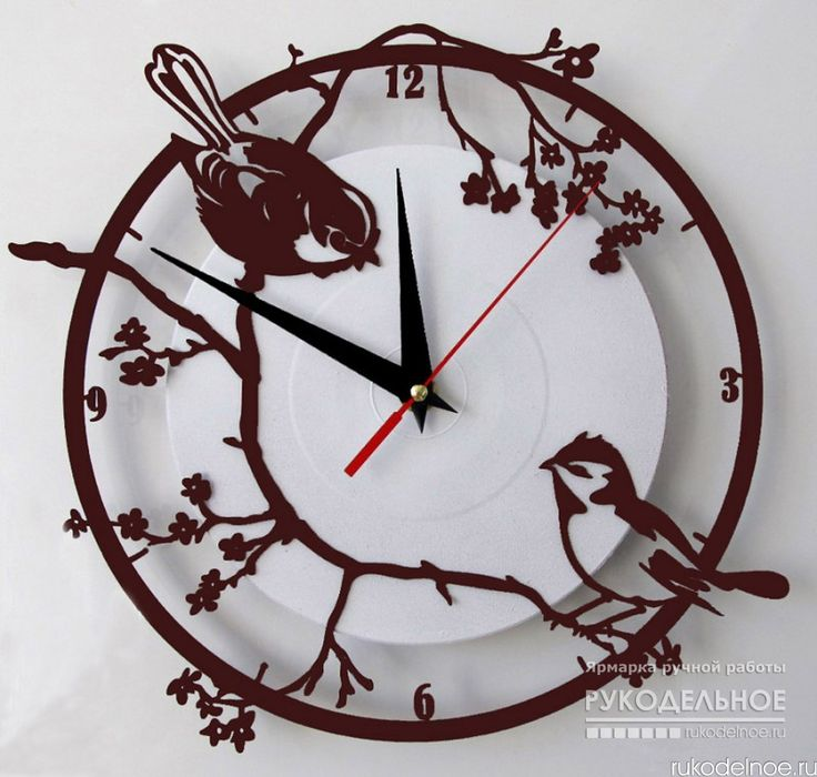 Часы в восточном стиле Воробьи на сакуре от автора Andrey Bachur. Такие часы станут необычным элементом на летней веранде, в комнате загородного дома или дачи. Кварцевый бесшумный механизм высокой точности. Ручная работа. Цена 1000 рублей. Заказать данную работу можно на портале Rukodelnoe.ru . Для этого перейдите по ссылке в описании и нажмите кнопку Заказать https://rukodelnoe.ru/catalogue/homeinterior/clock/chasy-vorobi-na-sakure-38634.html# #rukodelnoeru #handmade #ручнаяработа…