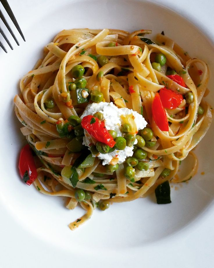 Fettuccine is the perfect noodle for a pan sauce. The sauce envelops the noodles so beautifully and everything sings with the addition of lemon and fresh mint.   Light and utterly delicious!
