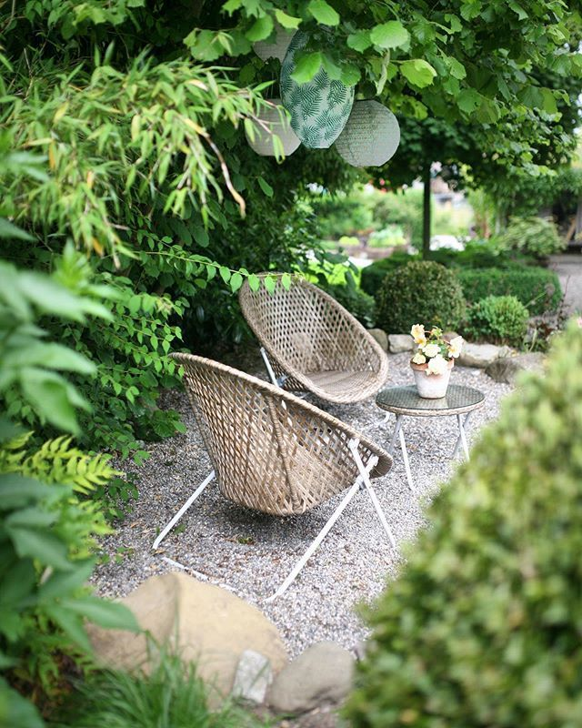 Ein Schweizer Garten On Instagram Nach Dem Unwetter Hier Musste Ich Heute Morgen Erst Nachschauen Ob Noch Alle In 2021 Garten Ein Schweizer Garten Sandkasten Garten