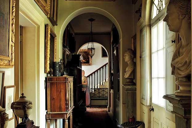 Georgian-infused hallway // Avenue House, Ampthill | Home of Sir Albert Richardson (English architect) // Gavin Stamp, for Apollo Art Magazine
