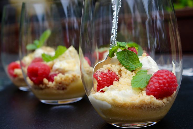This Deconstructed Lime Tart, with Raspberries, is the perfect quick and easy dessert that will WOW your friends this summer. www,cookfasteatslow.com
