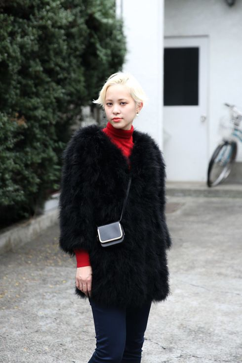 Street Style of Tokyo: Hiromi in Yves Salmon Jacket & CARVEN Bag | Fashionsnap.com