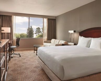 Hilton East Brunswick Hotel and Executive Meeting Center, NJ  - Tower King Deluxe   NJ 08816