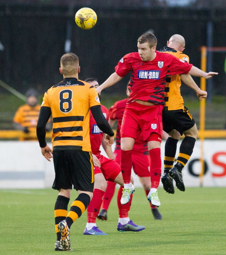 Queen's Park's Jamie McKernon in action during the Ladbrokes League One game between Alloa Athletic and Queen's Park.