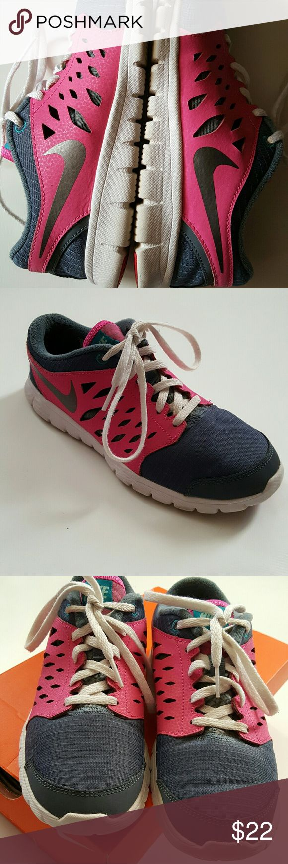NIKE Flex girls Gray and pink size 3 youth. They do show some signs of wear. Nike Shoes Sneakers