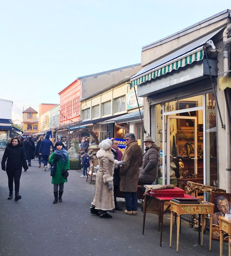 6 Tricks to Navigating the Paris Flea Markets - Decor Arts Now