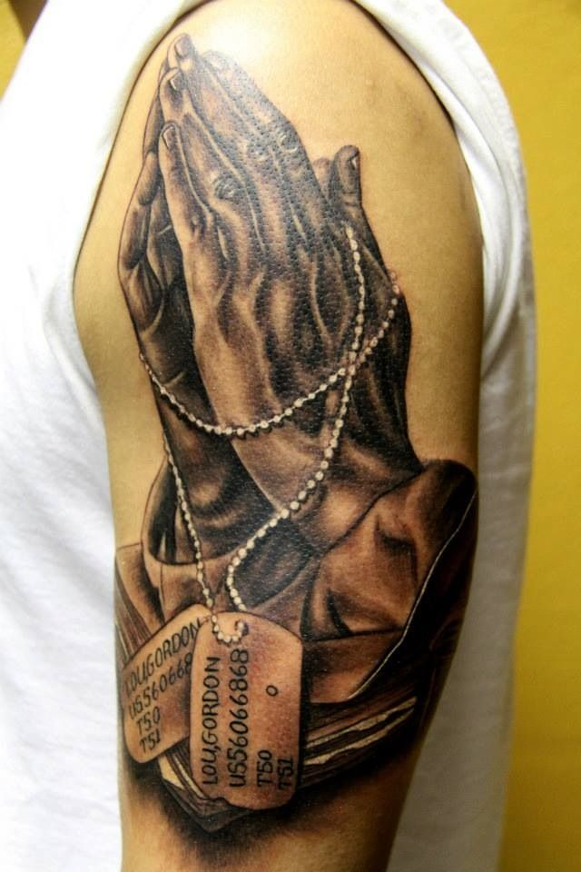 12 best tattoo images on pinterest cross tattoos jesus on cross tattoo and jesus tattoo. Black Bedroom Furniture Sets. Home Design Ideas