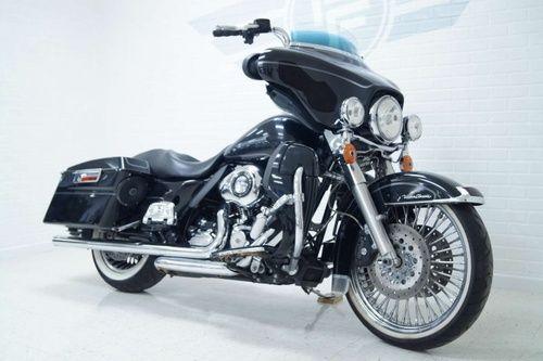 2012 Harley Davidson Ultra Classic, Price:$11,950. Cedar Rapids, Iowa #harleydavidsons #harleys #ultraclassic #motorcycles #hd4sale