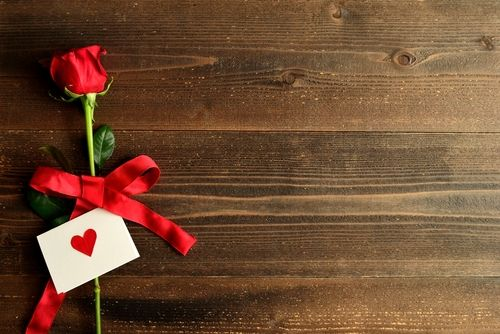 14 ανατριχιαστικές vintage κάρτες για την ημέρα του Αγίου Βαλεντίνου. Μείνετε μακρυά - http://ipop.gr/themata/vlepw/anatrichiastikes-vintage-kartes-gia-tin-imera-tou-agiou-valentinou-minete-makria/