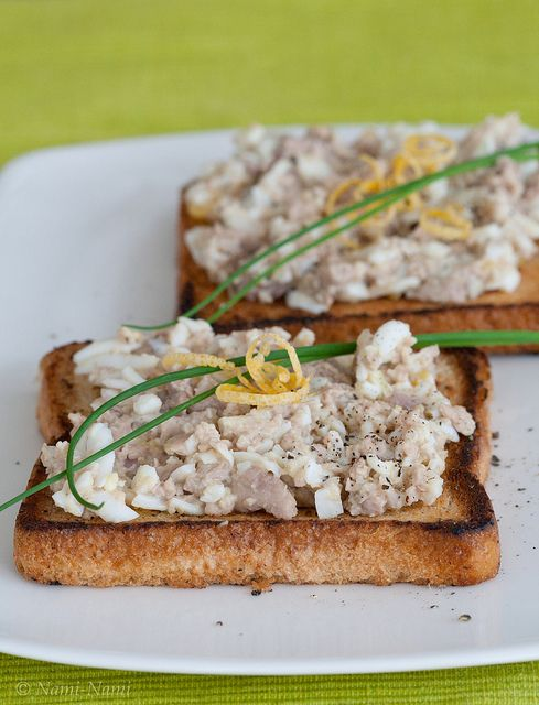 Cod Liver Paté (Klassikaline tursamaksasalat) I love smoked cod liver! Yum!