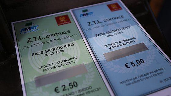 Offerte di lavoro Palermo  A partire da oggi i ticket sono disponibili anche nelle rivendite di tabacchi. Lelenco dei negozi dovè possibile comprarli  #annuncio #pagato #jobs #Italia #Sicilia Ztl pass giornalieri in vendita anche dei bar previsto un boom di acquisti