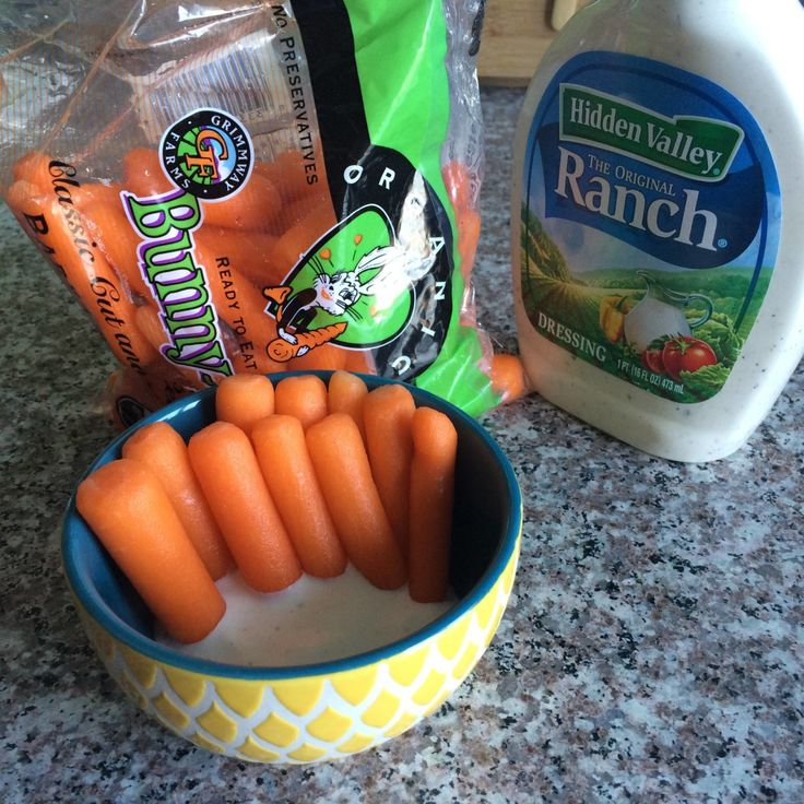 Quick Healthy Snacks for College Students - Hayle Olson. This is a quick and healthy snack that most people are familiar with, dipping carrots in ranch. Dipping any vegetable in ranch, would be why this pin is great for my board on quick and healthy snacks.