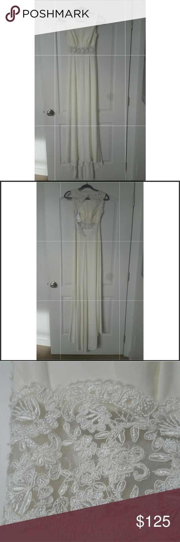 🎉BRAND NEW Davids Bridal gown Gorgeous IVORY Boatneck tank jersey sheath gown with stunning illusion lace waist. Dramatically gorgeous lace keyhole back and mini-train. Center back-zip closure. Dry clean only. Never worn. Purchased in store so some minor marks, a snag, all come out with dry cleaning.  Size 2 David's Bridal Dresses Wedding