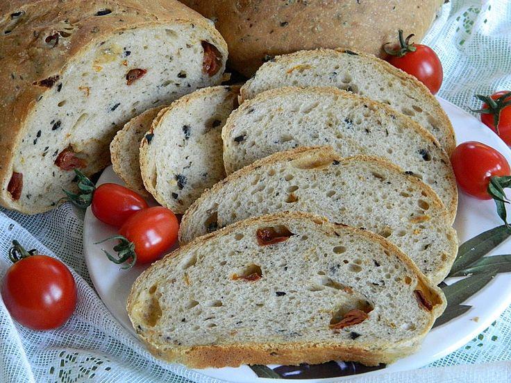 Pane al pomodoro e olive, ein schönes Rezept aus der Kategorie Brot und Brötchen. Bewertungen: 17. Durchschnitt: Ø 4,3.