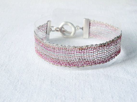 bracelet handmade bobbin lace out of yarn silber mit by UliBaysie, €39.90