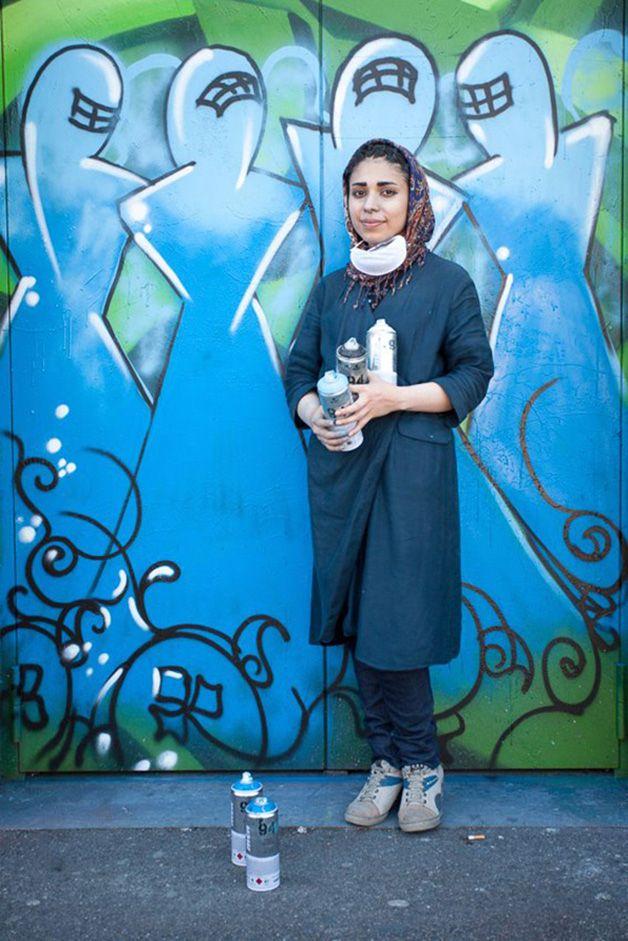 Shamsia Hassani e Malina Suliman são duas mulheres afegãs marcadas pelos probl…