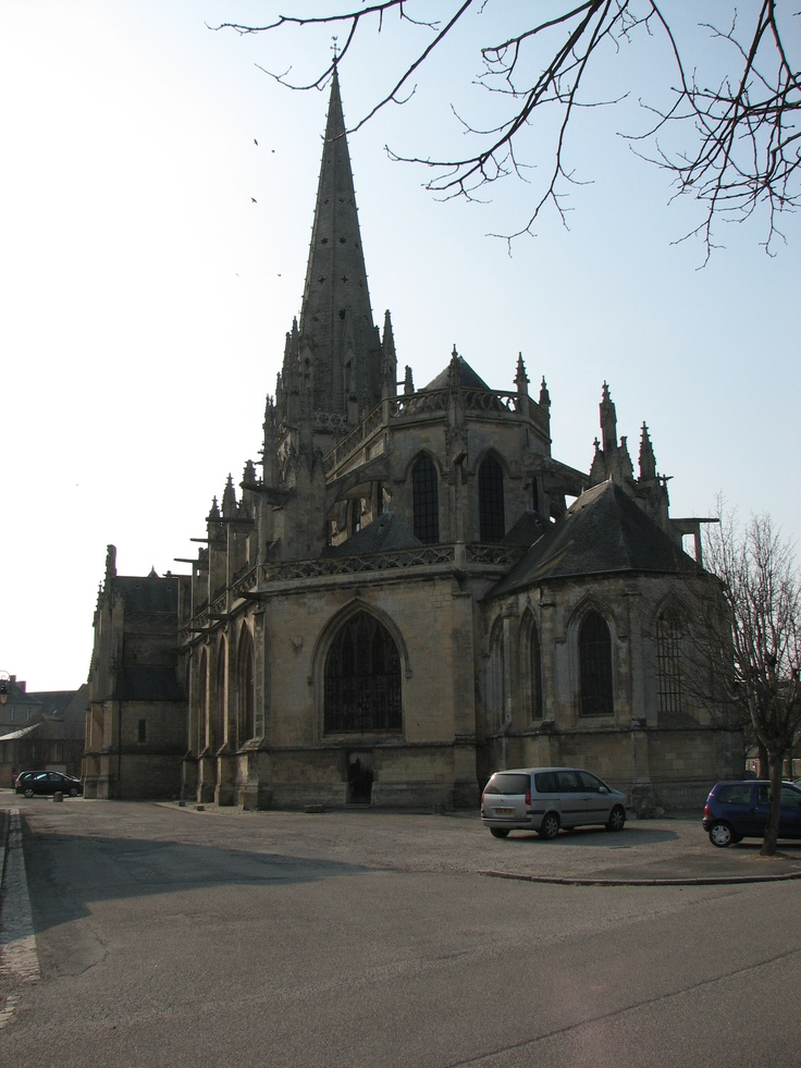 L'Eglise de Carentan, France. by:Thumbnail for version as of 23:54, 14 April 2007