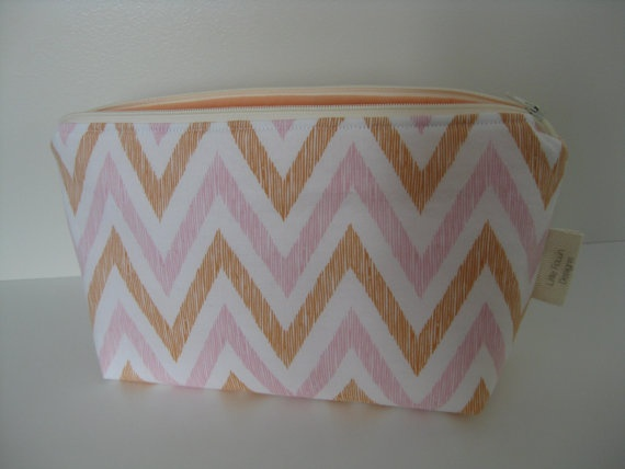 Peachy Chevron Cosmetic Pouch by LittleFawnDesigns on Etsy, $22.00  'I heart #littlefawndesigns'