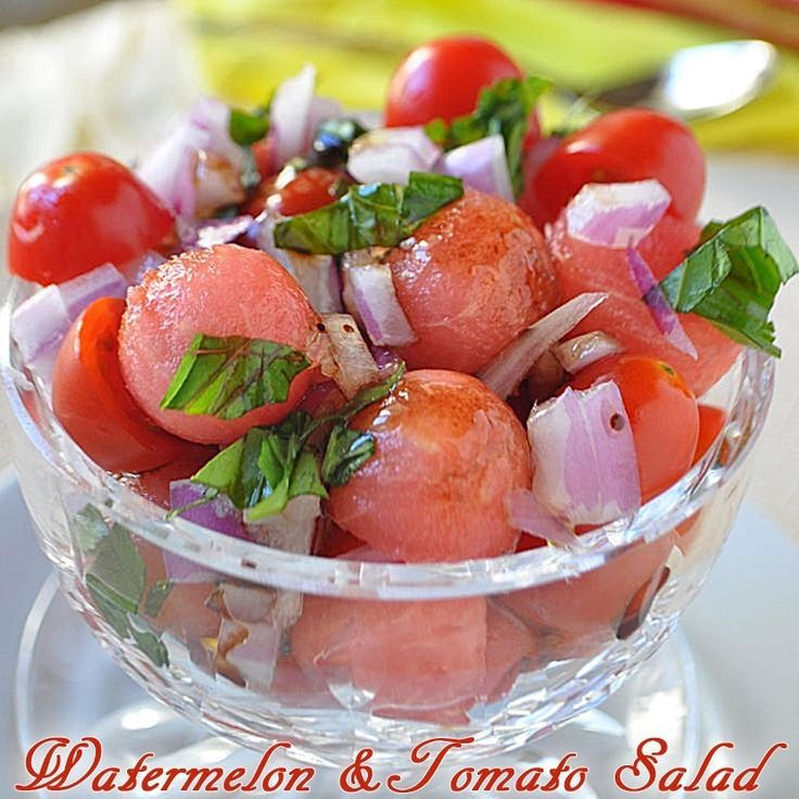 Holly Clegg's healthy and easy to make Watermelon & Tomato Salad at This Mama Cooks! On a Diet - thismamacooks.com