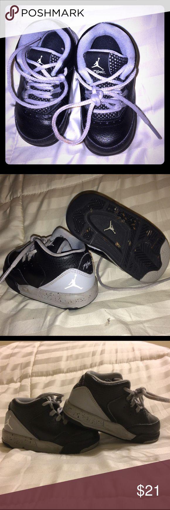 Boys Jordan Flight Toddler boys Jordan Flight, gently worn and in great condition Jordan Shoes Sneakers