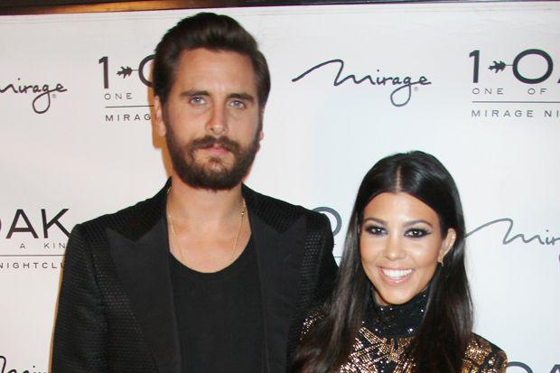 Scott Disick Apologizes to Kourtney Kardashian Because He Allegedly 'Needs the Money'