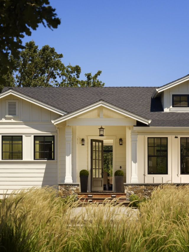 10 images about ideas for the house on pinterest for Farmhouse style siding