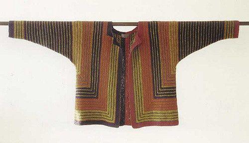 Lastrada by Hanne Falkenberg A striped jacket worked in garter stitch.