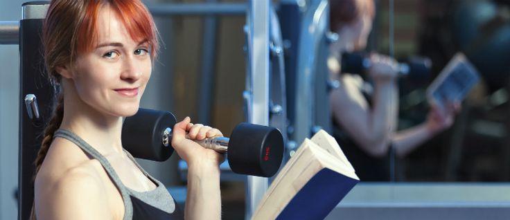 Como fazer exercício físico e ler ao mesmo tempo?  #comoemagrecer #comolernoginasio #dietados31dias #exerciciosparaemagrecer #fitness #ginasioemcasa #irparao #livrosdedieta #livrosparaemagrecer #livrossobreexercicofisico