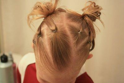 tons of super cute and easy hair styles for little girlies...awesome for school!