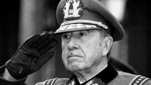 Cómo se enseña el golpe de Pinochet en las escuelas de Chile - BBC Mundo - Noticias