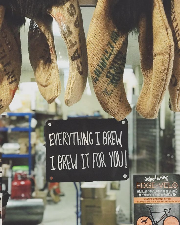 #edgcumbes #edgcumbescoffee #edgcumbescoffeeandtea #everythingibrew #specialitycoffee #coffeeshop #edgecafe #chalkboard