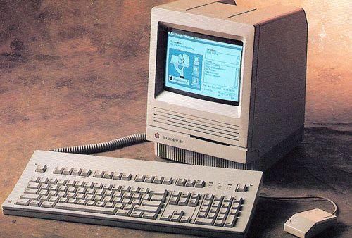 Macintosh SE30.