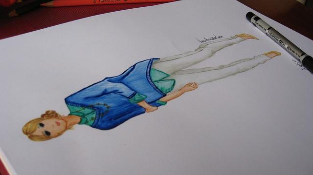 Ilustración Figurín by Vanessa Pacanchique, via Flickr