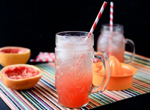 Homemade grapefruit soda
