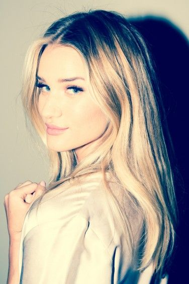 On Set with Rosie Huntington-Whiteley - The Coveteur