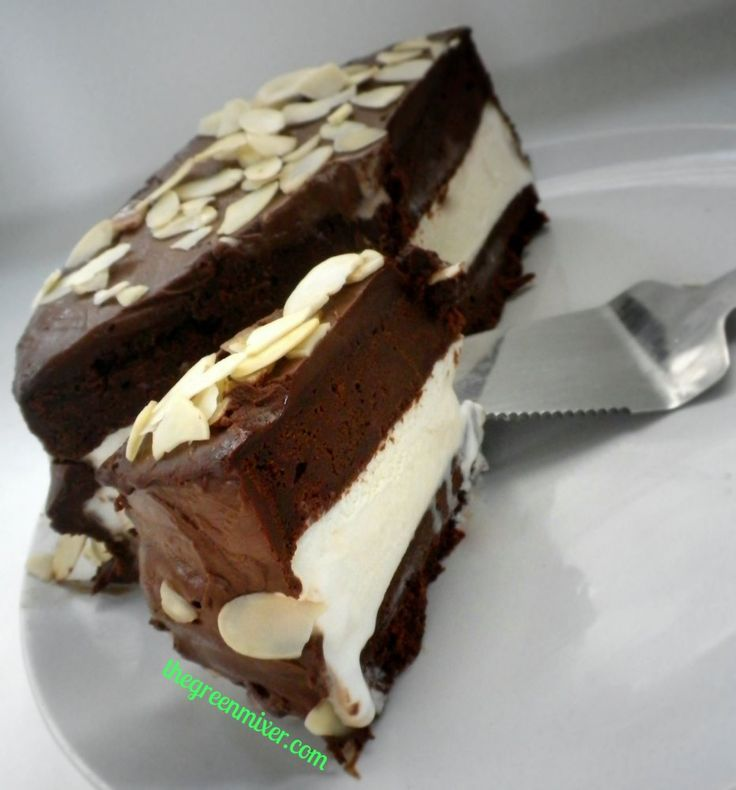 Chocolate Vanilla Ice Cream cake