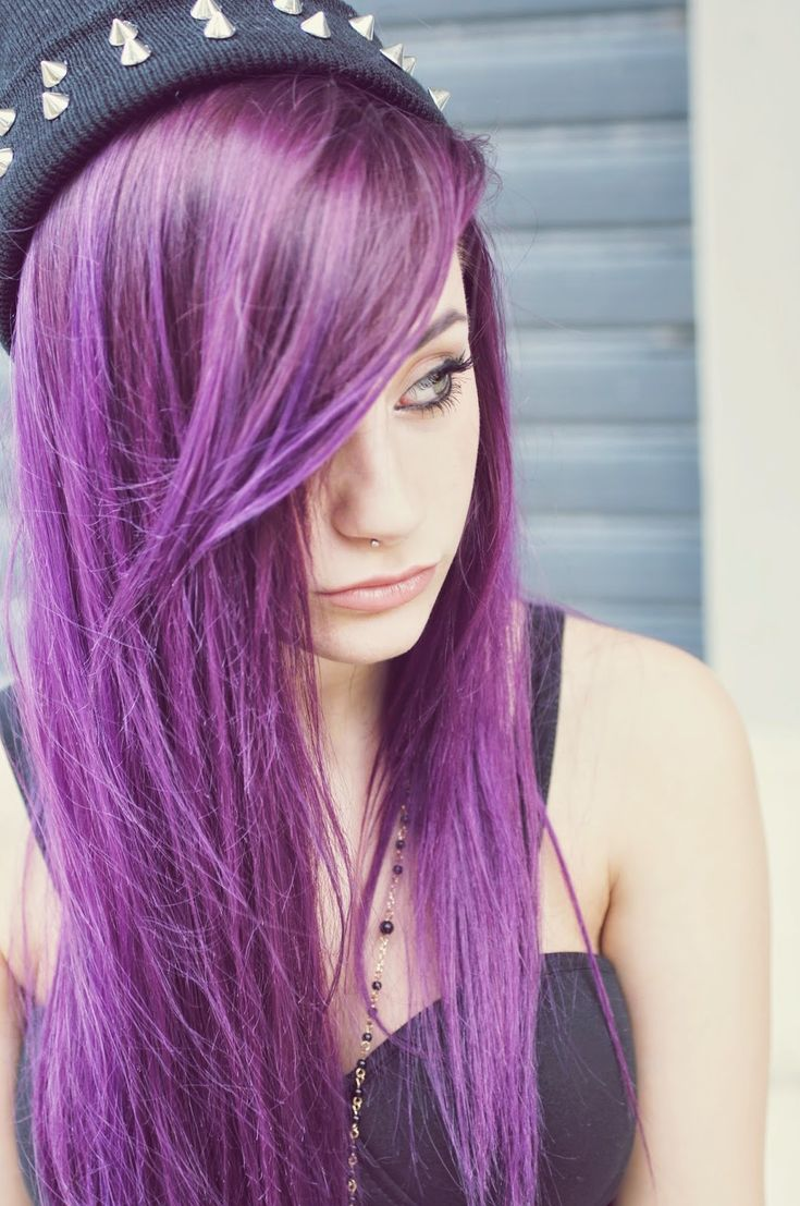 If I didn't work in corporate America, I would so dye my hair this color...