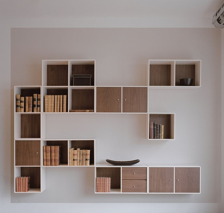 Combination from Montana. Design by Peter J. Lassen. #storage #interior #danishdesign