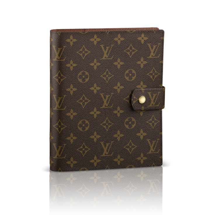 Loving my Louis Vuitton GM Agenda.  It's perfect for work / school related task!