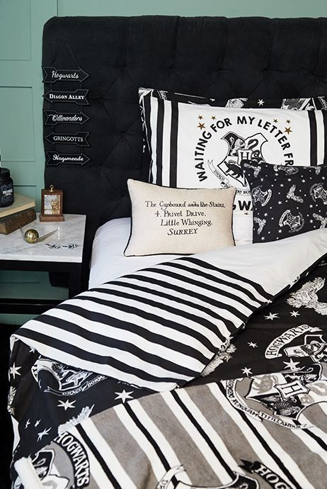 Primark Harry Potter 2016 Homeware Throw 9 Hp In 2019 Harry