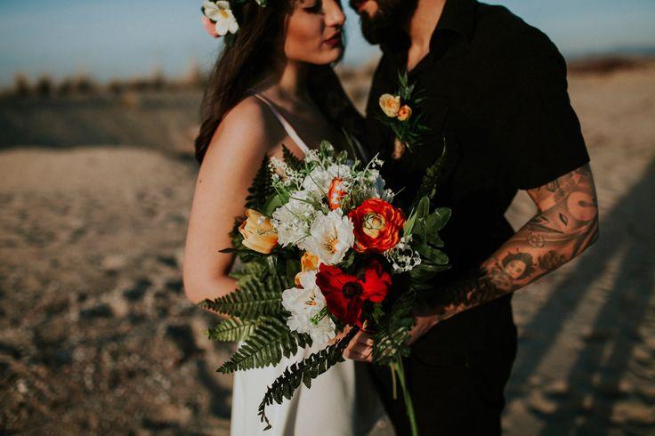 rock-wedding-elopement-greece-009