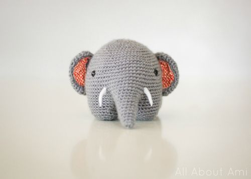 Download Gris The Elephant Amigurumi Pattern (FREE)