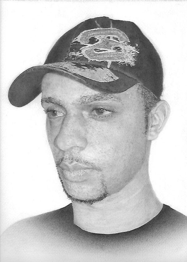 Auto retrato. Lápis de grafite. Papel Canson mi Tients. Tamanho A4. by Renato Marques.
