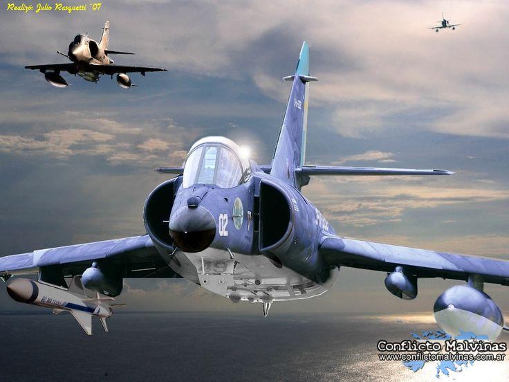 Un Super-Etendart y un A-4 SkyHawk vuelan juntos