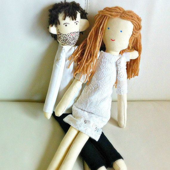 Handmade custom wedding dolls wedding couple made by apacukababa